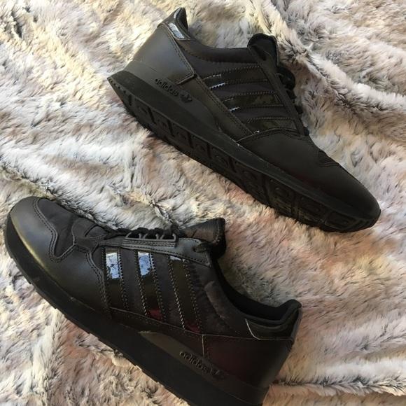 Adidas All Black Tennis Shoes 3 Stripe